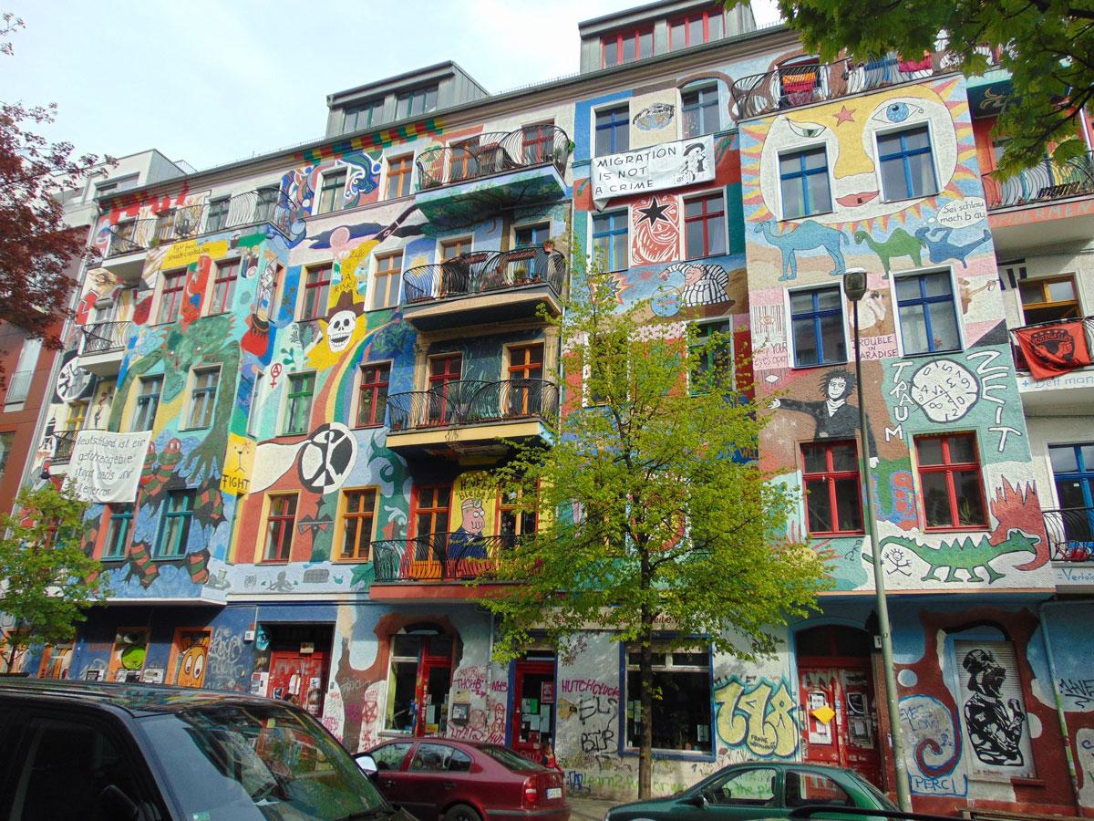 hoge muren berlijn